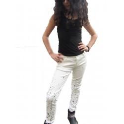 Pantalon blanc tacheté